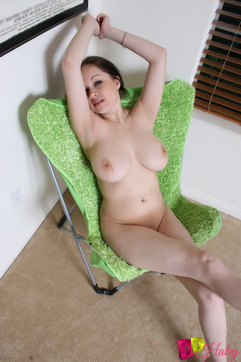 Hot sex with sucking nipples