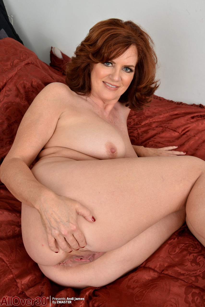 redhead naked galleries