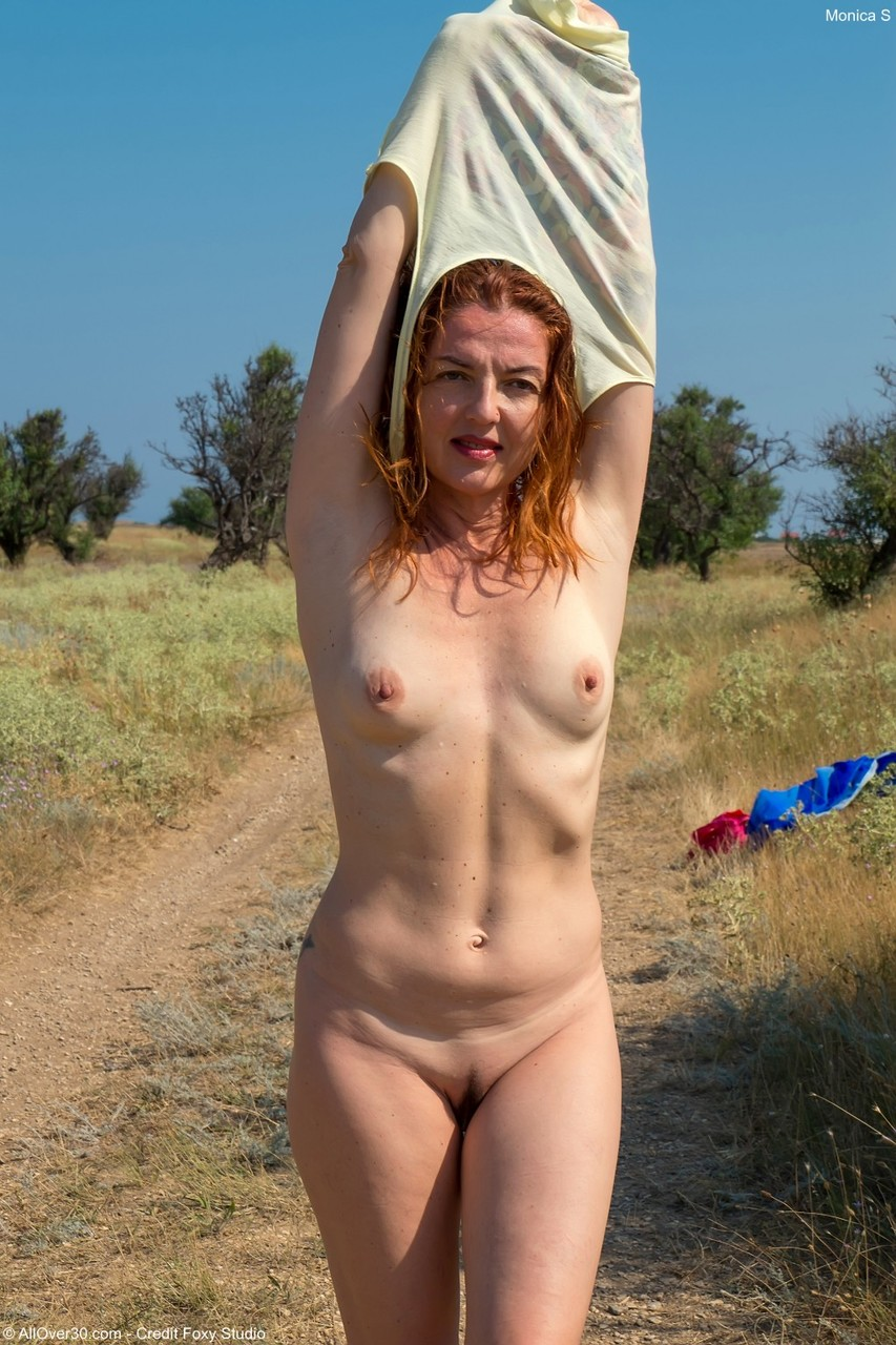 Naked matures s