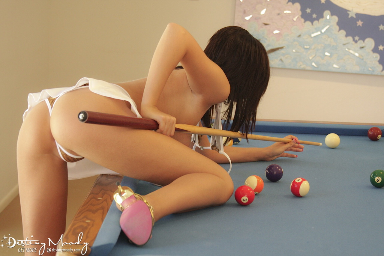 Hot teen girl Destiny Moody undresses while shooting a game of pool