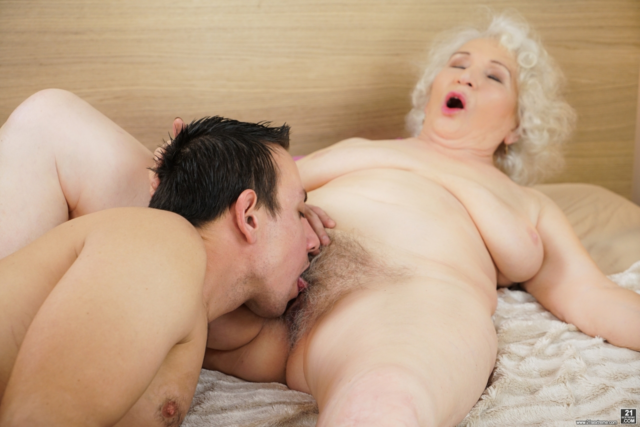 Grandma sex hairy