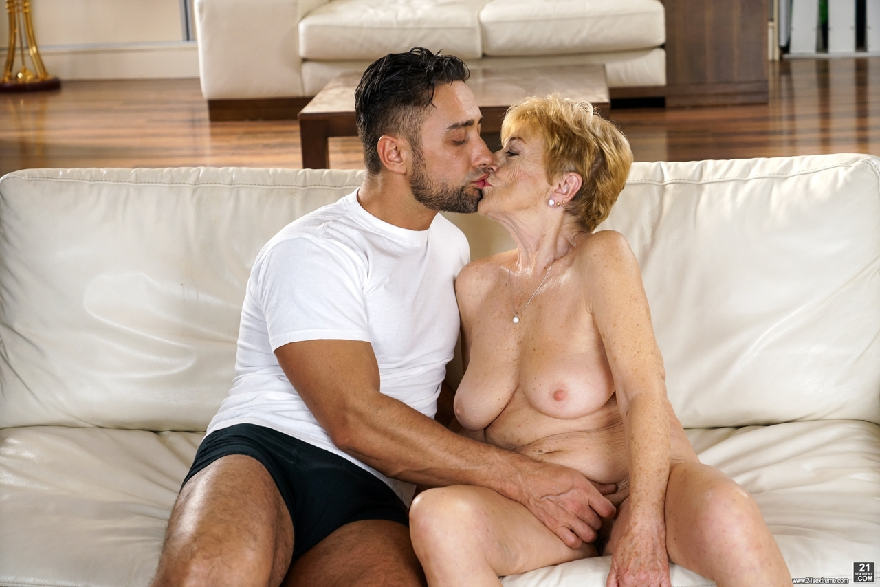 older granny malya kissing her boy toy before riding & getting a cum