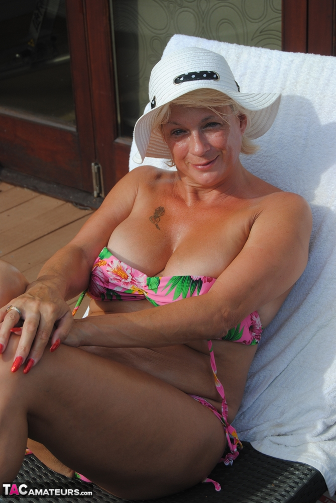 Mature Big Natural Tits Fuck
