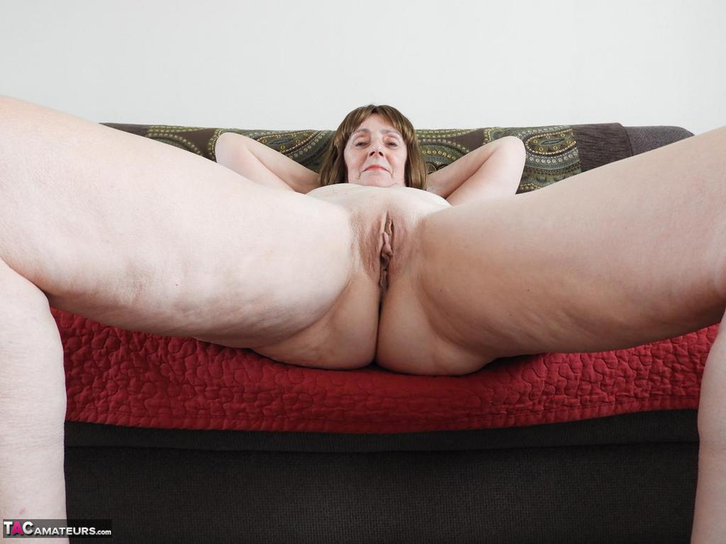 nude granny on her knees