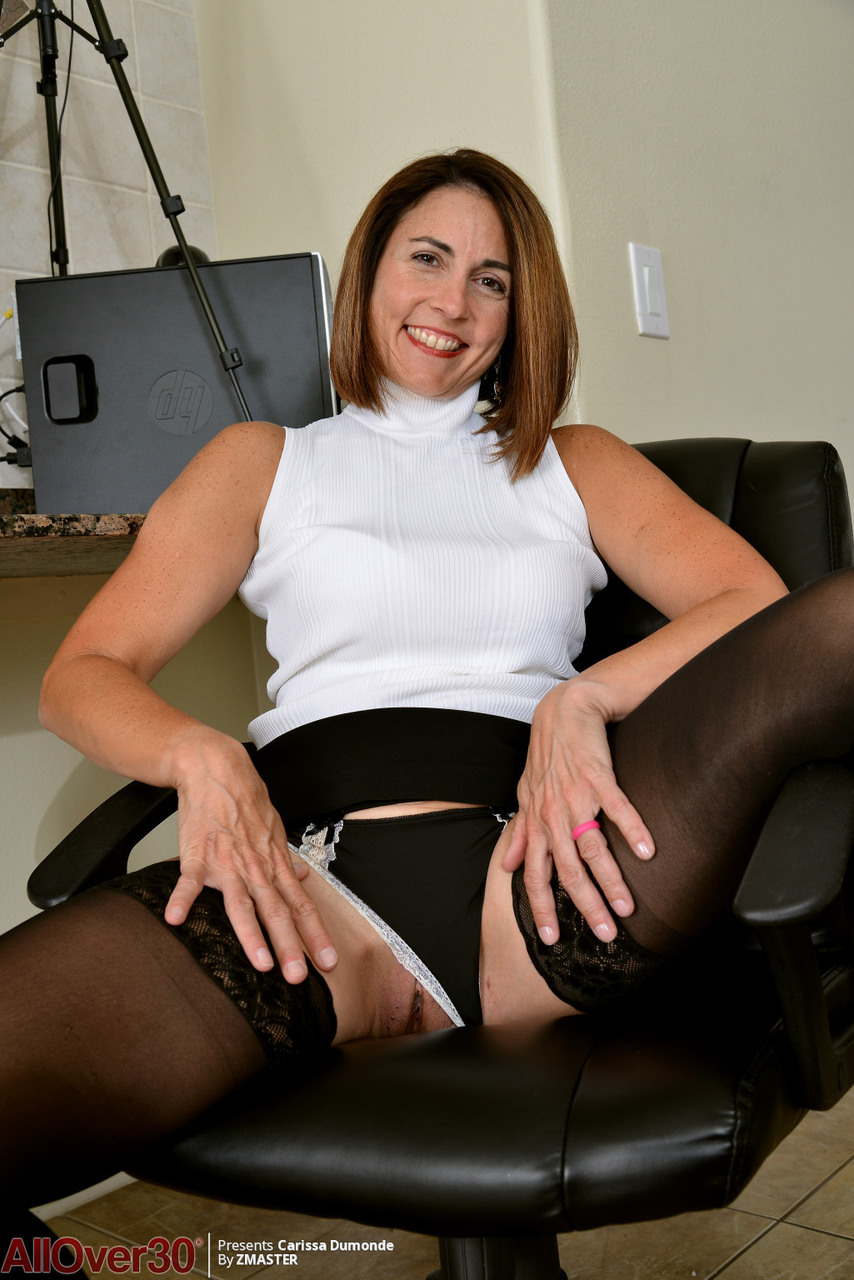 Mature wife pussy pics