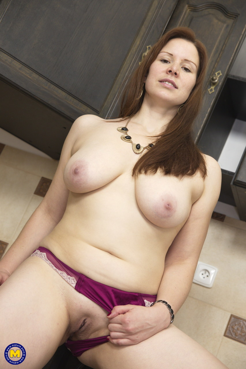 Meet Bisexuals Naked Busty Hot Moms