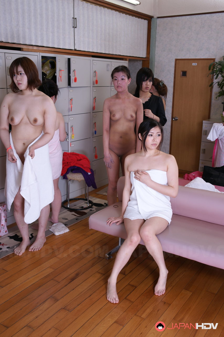 nude pics of young japanese girls
