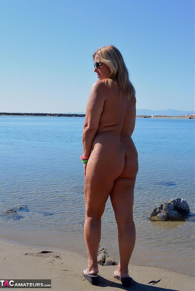 Wife loves showing off at nude beaches
