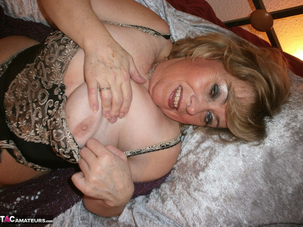 grannies in pantyhose with big tits