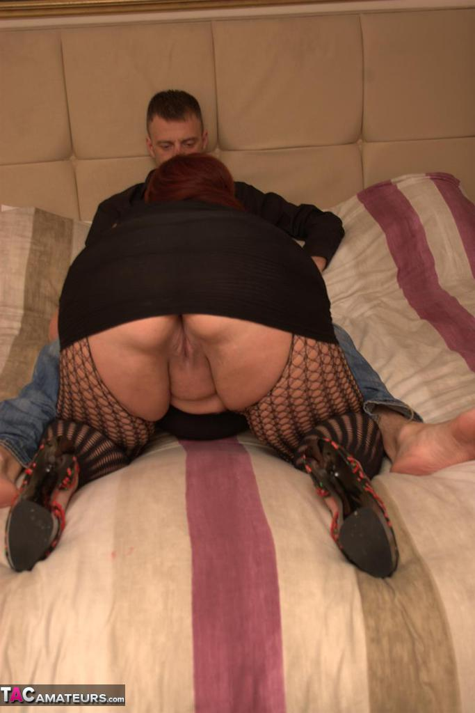 Hardcore slut Charlie gets her SSBBW pussy fucked wearing crotchless pantyhose