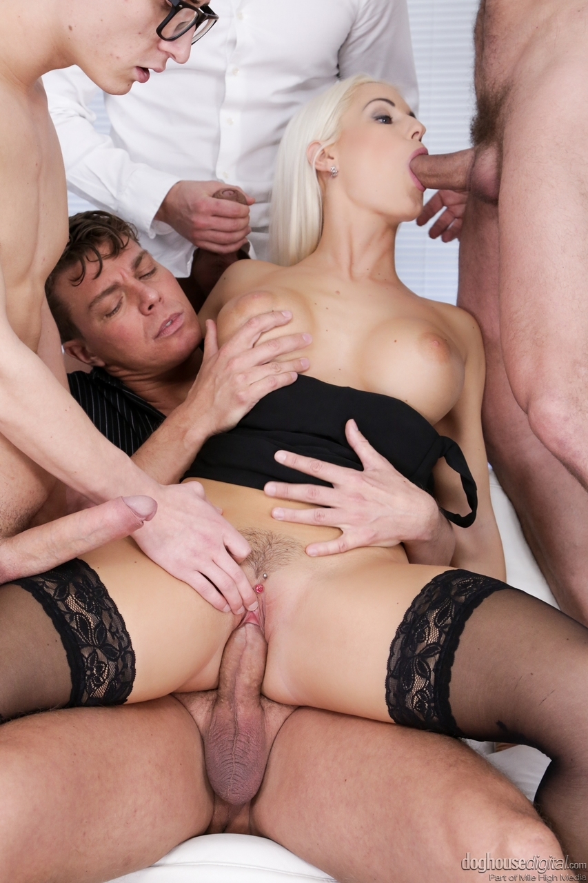 Real amateur mature wife orgasm