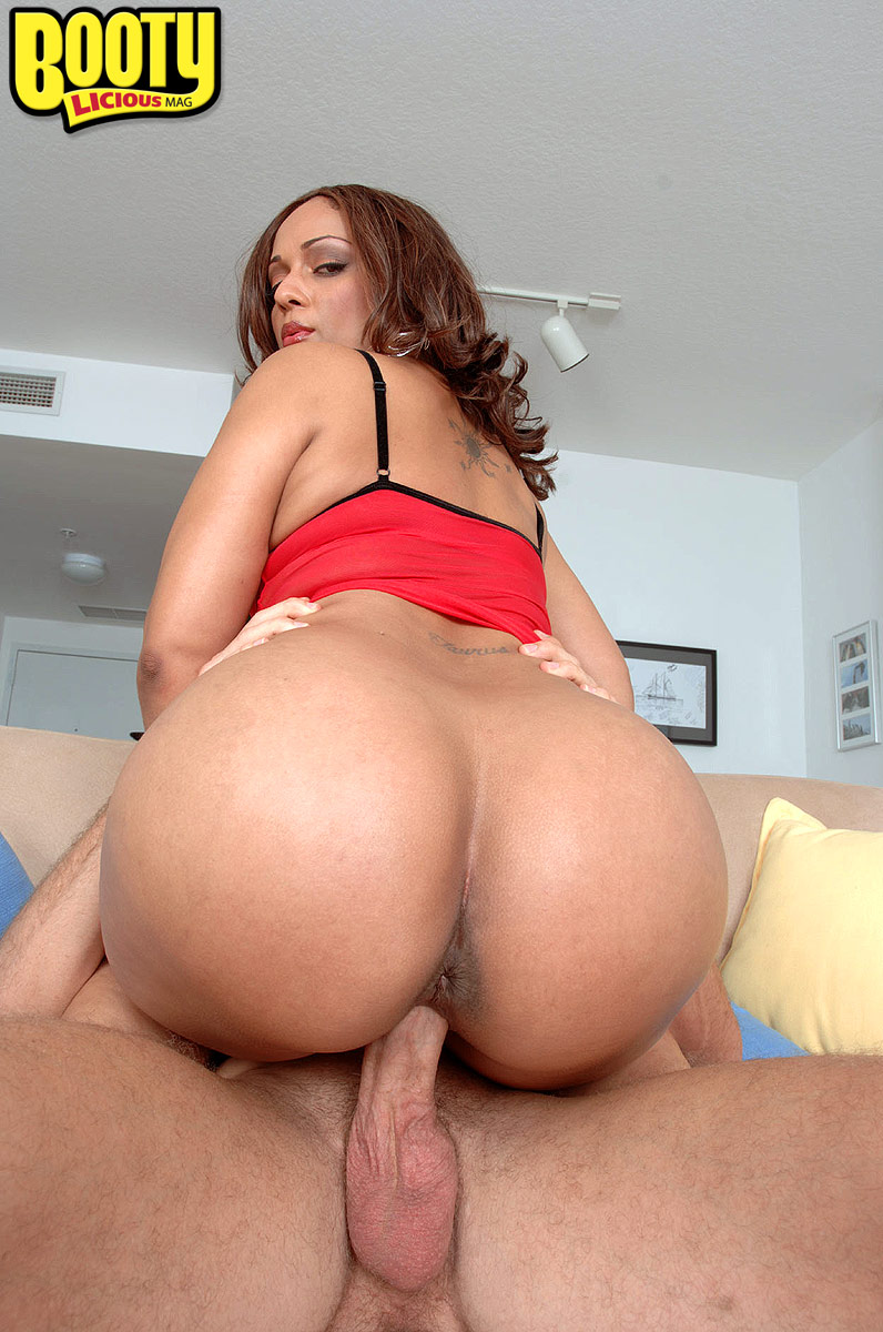 Horny female Mya G seduces her man by shaking her big booty his way
