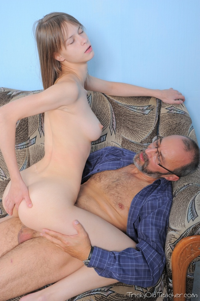 Hairy daddy and son sex pics hidden incest sex clips a fat couple is fucking