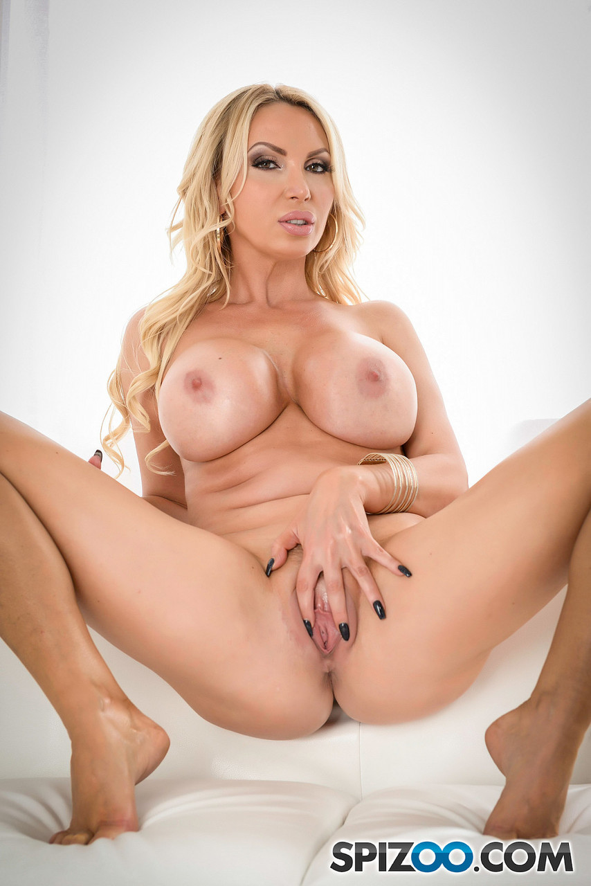 Sex Nikki Benz