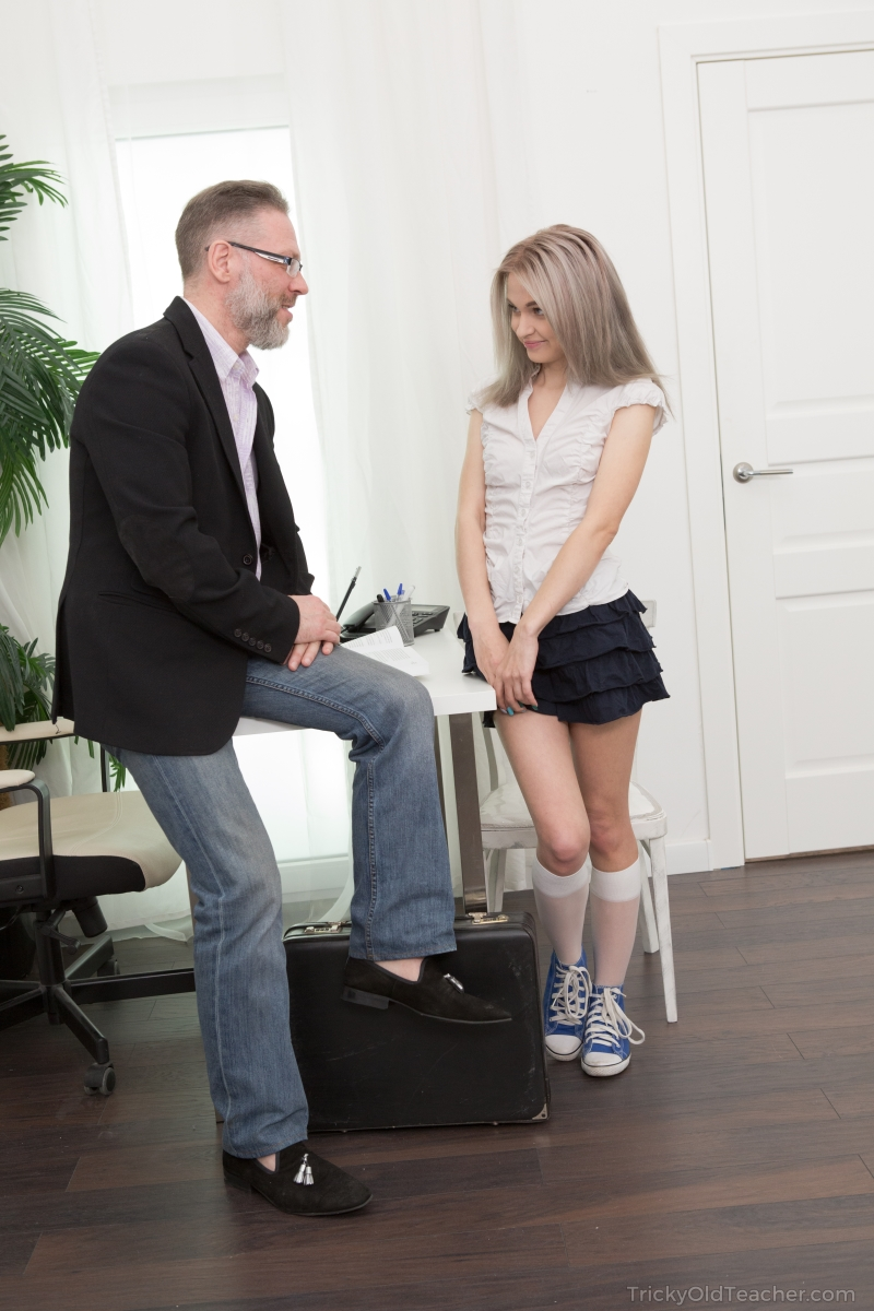 Petite blonde teen Herda Wisky seduces her old teacher for a passing grade