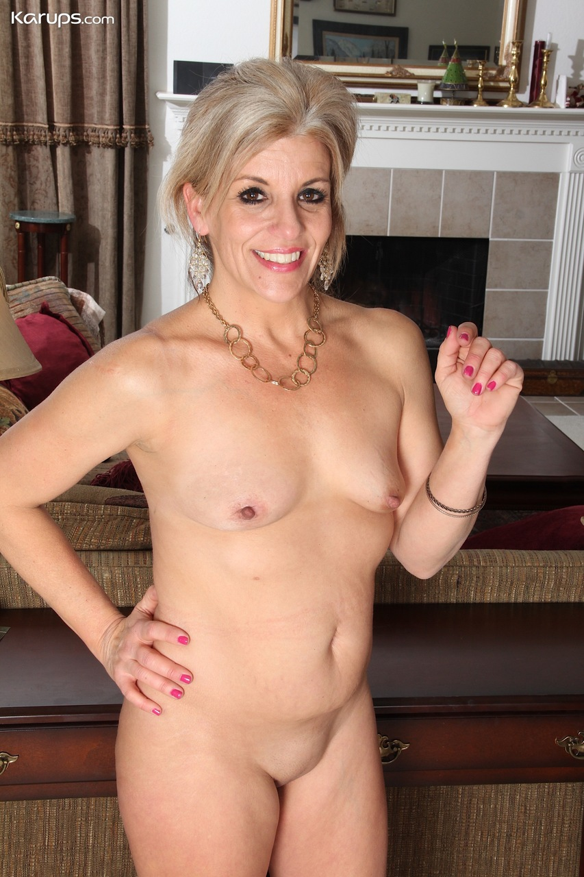 sexy mature woman gallery