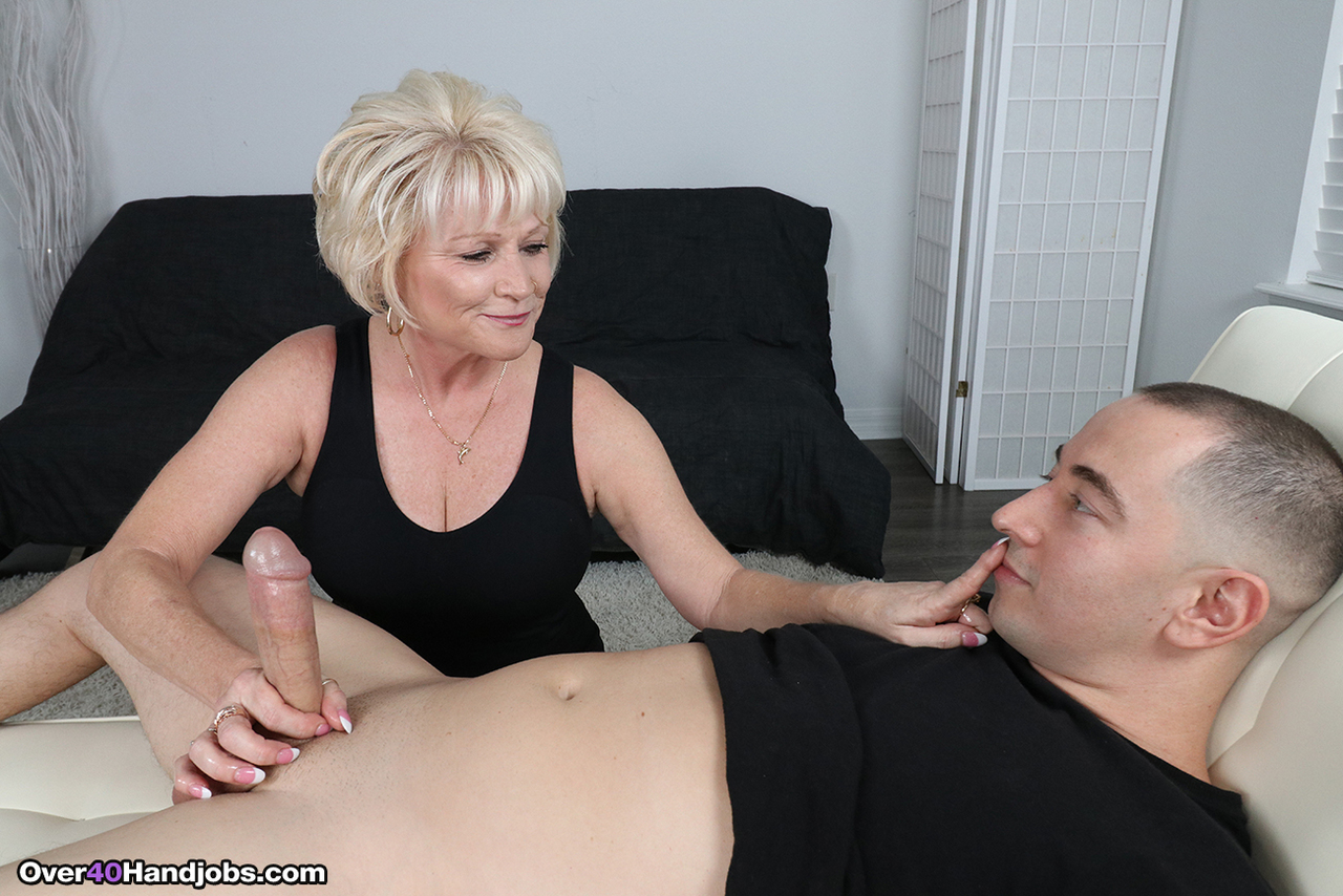 Porn video mom loves young cock