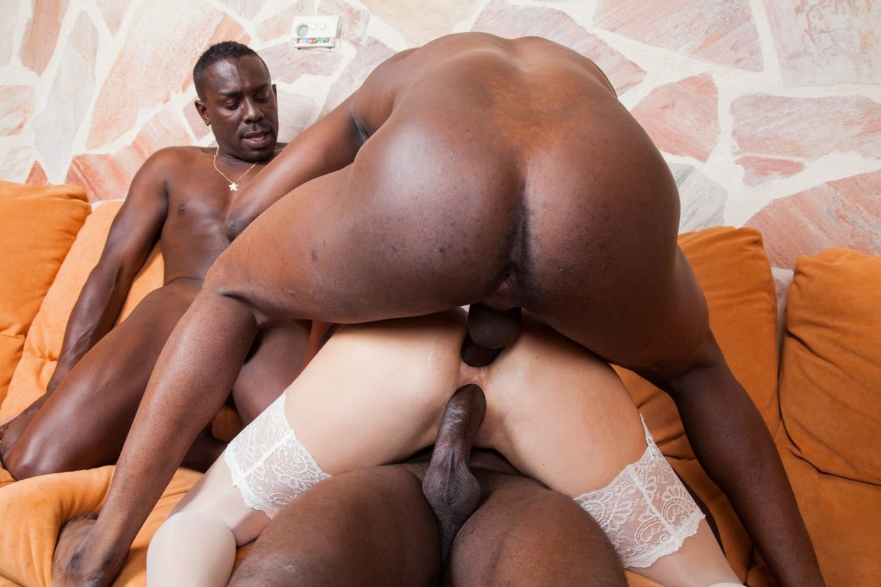 black man doing white woman sex