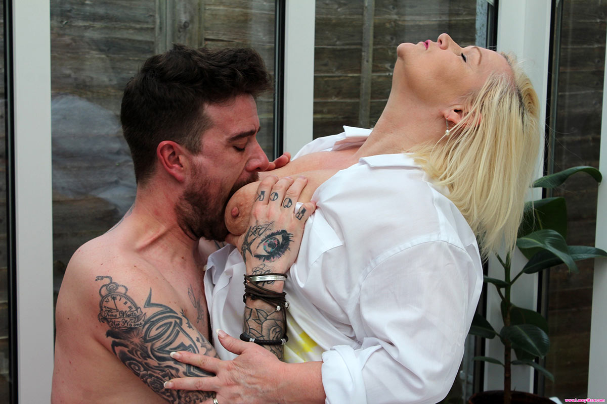 Thick oma Lacey Starr eats cum from off her big boobs after sex with toy boy