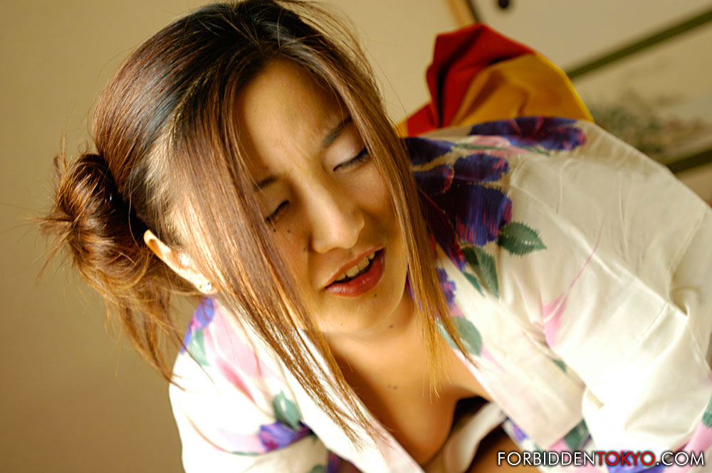 Busty Japanese girl Kasumi sucks and fucks her man wearing a kimono