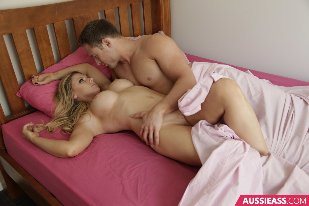 Hot Blonde Missionary Creampie