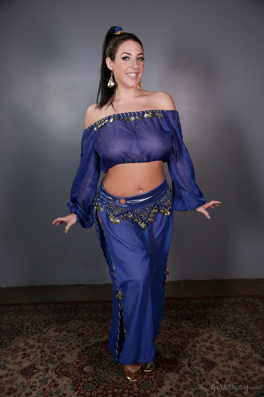 Sexy MILF releases her huge boobs and phat ass from a genie outfit