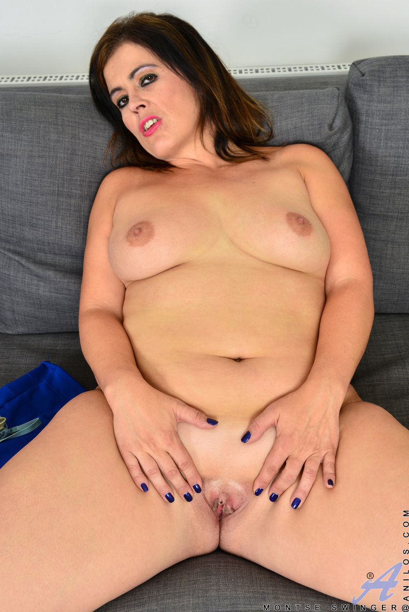 Thick female Montse Swinger works her big ass free before showcasing her pussy