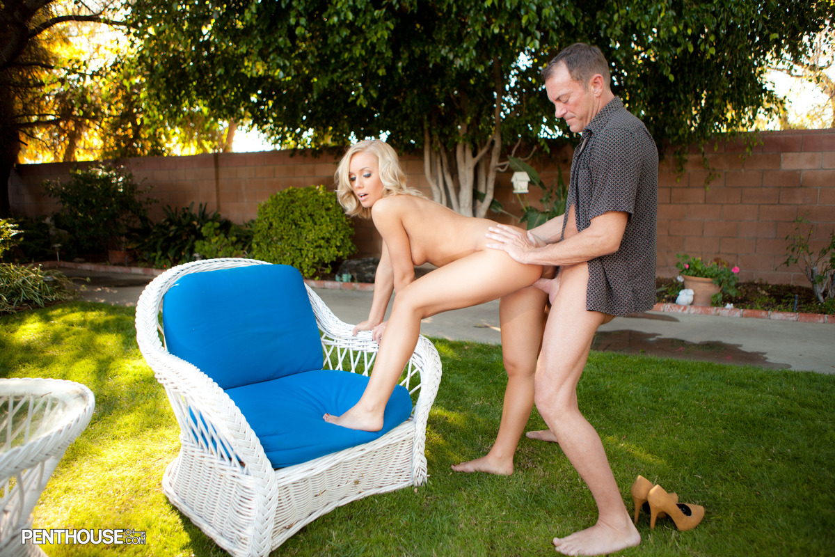 Sexy blonde Nicole Aniston goes pussy to mouth with a dick in the backyard